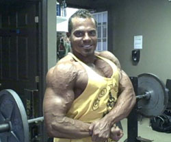Lee Hayward - Author of the Blast Your Biceps program